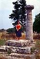 Paestum-152-Saeule-1986-gje.jpg