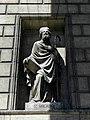 Paris (75008) Église de la Madeleine Extérieur Statue 04.JPG
