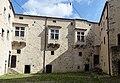 Pazin Burg - Innenhof.jpg
