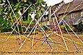 Pedro Meier Skulptur »Mikado-Skulptur in vier Farben« 2018. Altes Zeughaus, Obertor, Bremgarten AG. Skulpturenweg. Foto © Pedro Meier Multimedia Artist.jpg