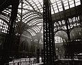 Penn Station, Interior, Manhattan (NYPL b13668355-482603).jpg