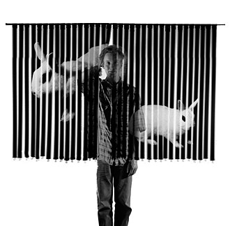 Peter Lind - Image: Peter lind with Photographic work