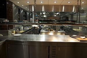 Pétrus (restaurant) - Pétrus' kitchen at 1 Kinnerton Street
