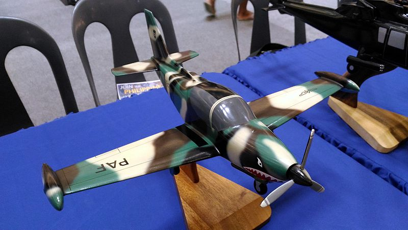 File:Philippine Air Force SF-260TP Aircraft Scale Model.jpg