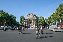 Photo Place Saint-Michel Paris France 2007-08-01.jpg