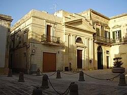 Piazza Municipio Scorrano.jpg