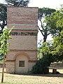 Pigeonnier du château de Saurs.jpg
