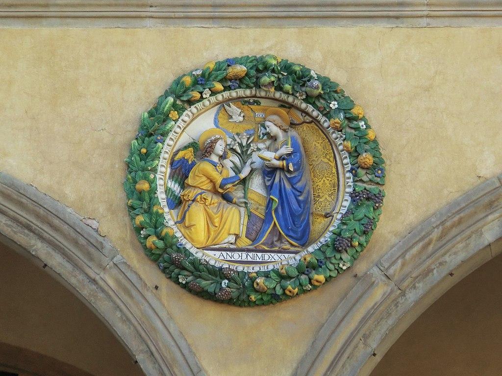 Pistoia, Ospedale del Ceppo Giovanni della Robbia,Annunciation, c. 1525, Glazed terracotta, Ospedale del Ceppo, Pistoia