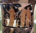 Pittore di dario, loutrophoros con sacerdotessa davanti altare di apollo, epigrafe KREOYSA (per la storia di ione), da tomba 1 di via bari (altamura), 330-320 ac ca. 03.jpg