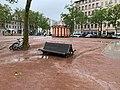 Place de la Croix-Rousse (Lyon) - banc et manège au fond.jpg