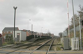 Platform 1 - Featherstone Station - geograph.org.uk - 1193338.jpg