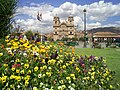 Plaza de Armas con Flores - Julio 2007 - panoramio.jpg