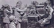 Soldater med gasmasker.