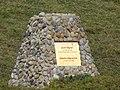 Pomník Josefa a Zdeňky Vágnerových (detail).jpg