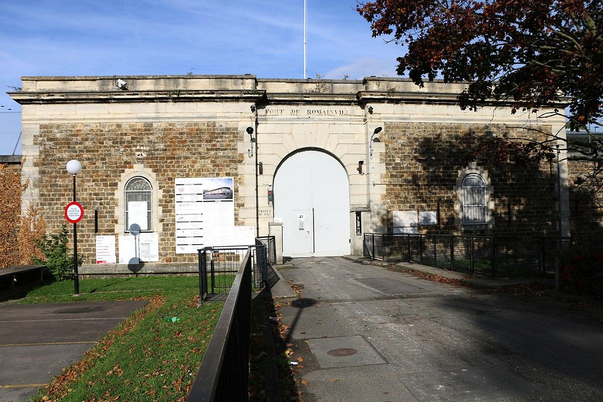 Fort de romainville wikip dia - Piscine des tourelles porte des lilas ...