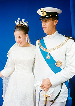 Prince Amedeo and Princess Claude 1964.jpg