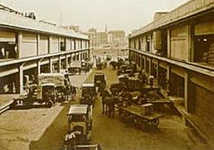 Princes Wharf - Loading at the old Princes Wharf in 1924.