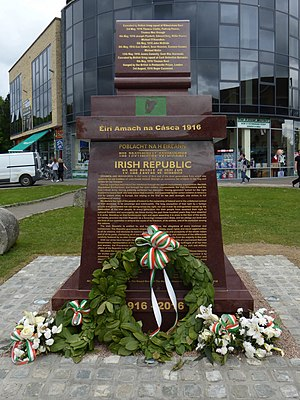 Mulhuddart - Proclamation memorial monument in Mulhuddart