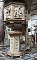 Pulpito del duomo di pietrasanta, piedistallo di lorenzo stagi (1504), evangelisti di bertoccio e filippo casoni (1504-08), il resto di andrea baratta (xvii sec).JPG