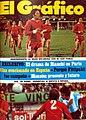 Raimondo, Bochini, Galván y Balbuena (Independiente) Rogel (Selección) - El Gráfico 2871.jpg