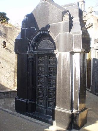 Eduardo Wilde - Wilde's Recoleta crypt