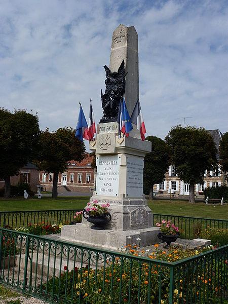 Renneville (Ardennes) monument aux morts