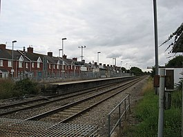 Rhoose up platform - geograph.org.uk - 2006661.jpg