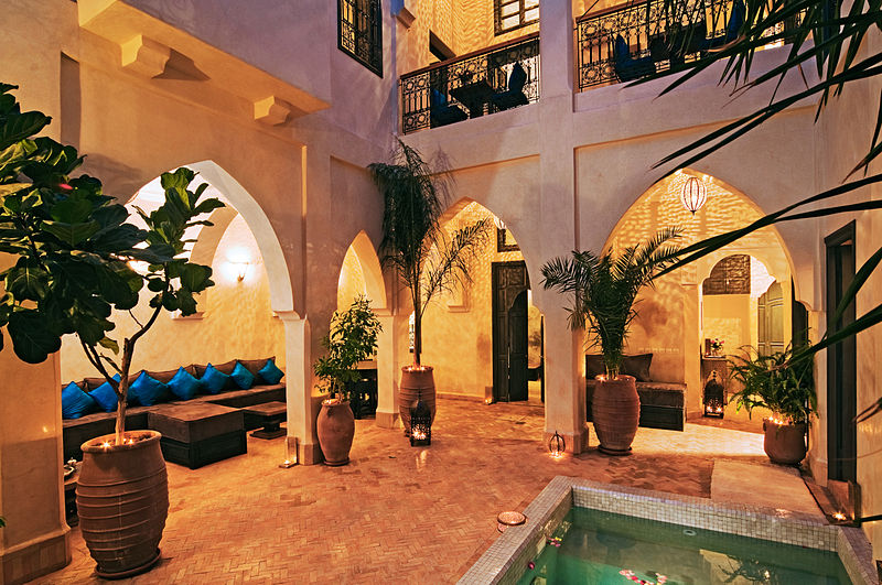 File:Riad Cinnamon patio.jpg
