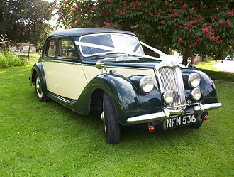 Riley Motor - RMA 1½-litre saloon as a wedding car 1951
