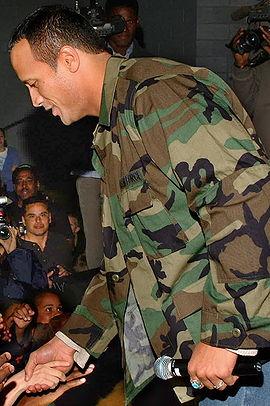 Dwayne Johnson bei einem Armee-Besuch