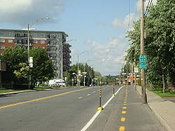 Quebec Route 122 attraverso Drummondville
