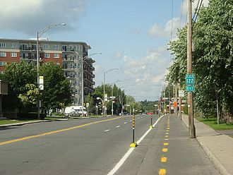 Drummondville - Quebec Route 122 through Drummondville