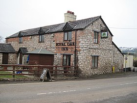 Royal Oak inn Treflach - geograph.org.uk - 1722570.jpg