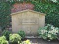 Ruhestätte Prof. Franz Schmitt 1883-1938 - Hauptfriedhof Freiburg Breisgau.jpg