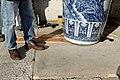 Sèvres - enlèvement des vases de Jingdezhen 023.jpg
