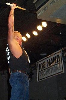 The Sandman (wrestler) - Wikipedia