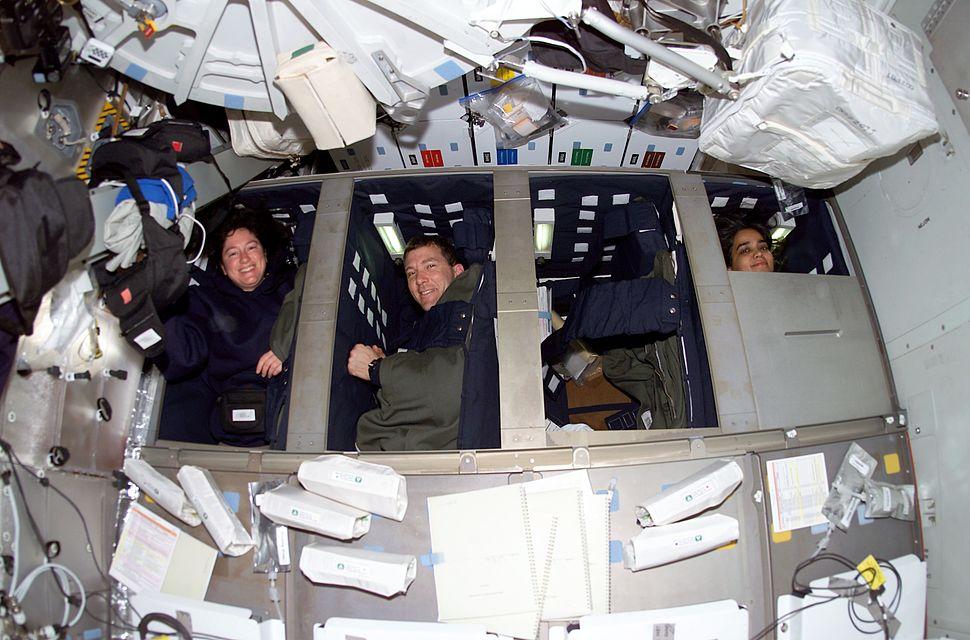 STS-107-sleeping-crew