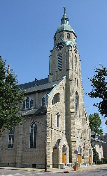 File:Sacred-Heart-Church-Bellevue-KY.jpg