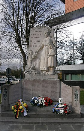 Saint-Laurent-Blangy monument-aux-morts.jpg
