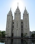 Salt Lake Temple (36017246773).jpg