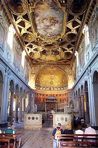 Главный алтарь и хоры Базилики Святого Климента в Риме
