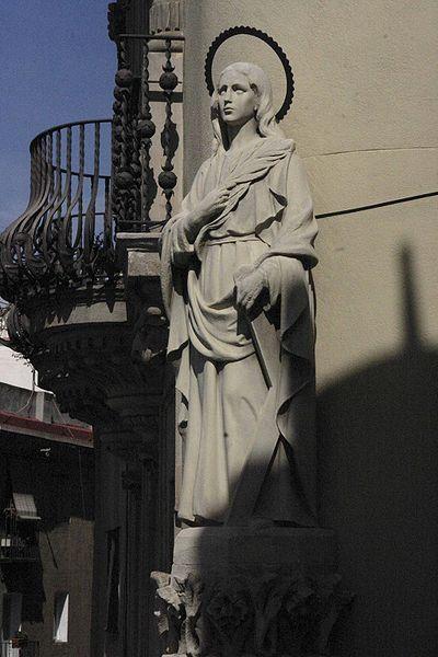 http://upload.wikimedia.org/wikipedia/commons/thumb/2/22/Santa_Eulalia.jpg/400px-Santa_Eulalia.jpg