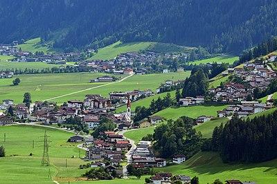 Dorf Tirol Hotel Garni Monika
