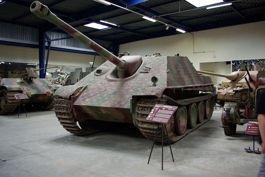 SdKfz 173 Jagdpanther au Musée des Blindés de Saumur.