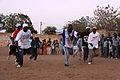 Senegal kelle balli prima della lotta.jpg