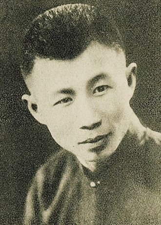 Tianyi Film Company - Runje Shaw (Shao Zuiweng), the oldest Shaw brother and founder of Tianyi