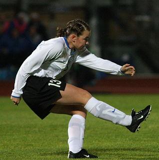 Signy Aarna football player