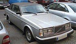 Silver volvo 262 front.jpg