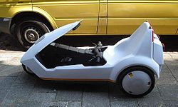 The Sinclair C5 pedal-assisted battery vehicle