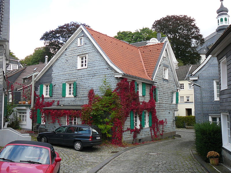 File:Solingen-Gräfrath Historischer Ortskern A 31.JPG